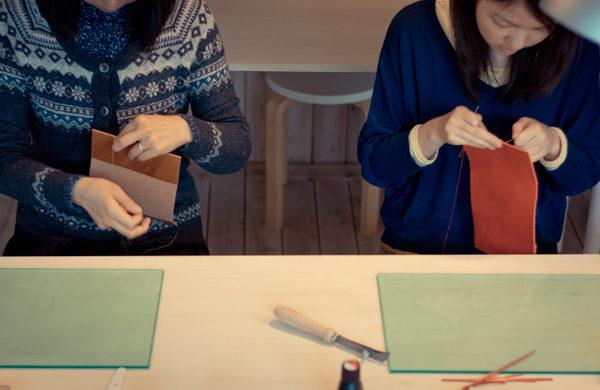革のある生活。手縫いの革教室参加者募集中