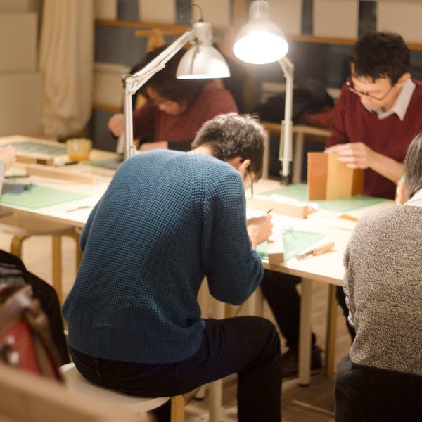 【追加開催決定!】革の手帳カバー作りワークショップ&今週のワークショップの様子