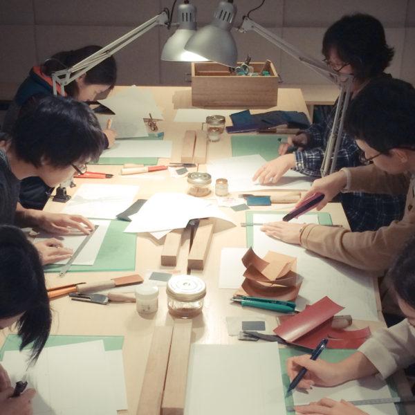 【SOLD OUT】革の手帳カバー作りワークショップ(12/27・28開催)は定員になりました