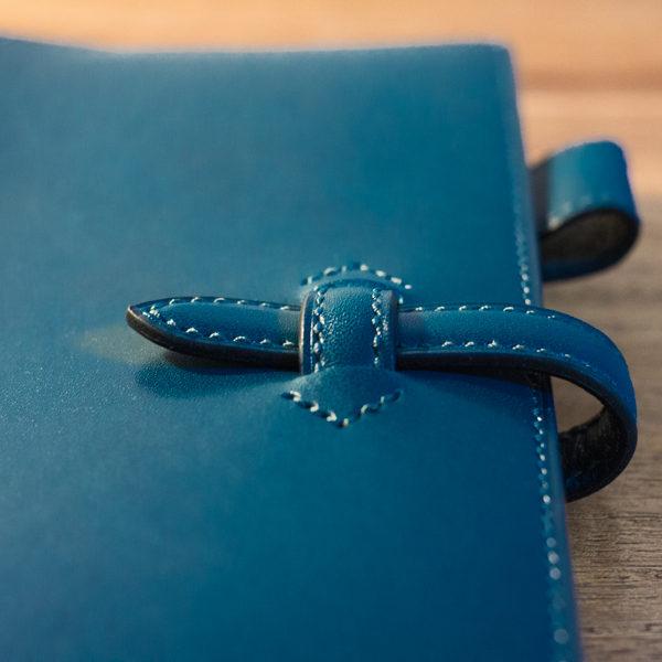 ブルーの手帳カバーのオーダー