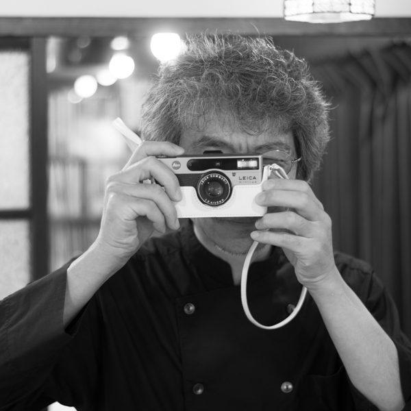 白いカメラケース、お届けしました。