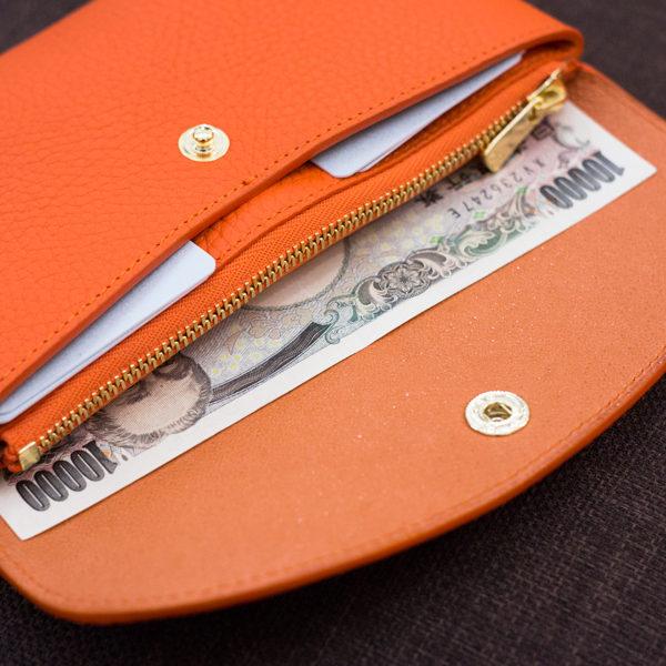 やわらかなレザーフラップ長財布のオーダー事例
